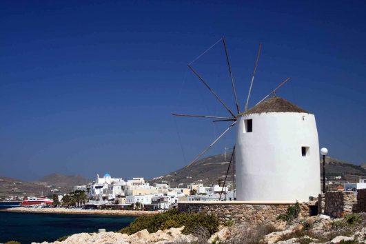 Windmill in Paroikia- Paros_3320019